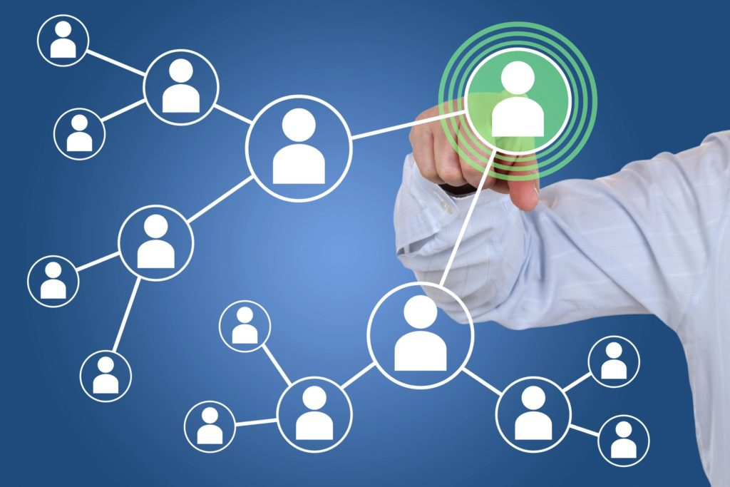 Advantage of social media marketing for small business 1